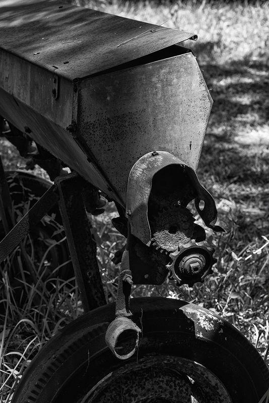 John Deere Drop Seeder Box