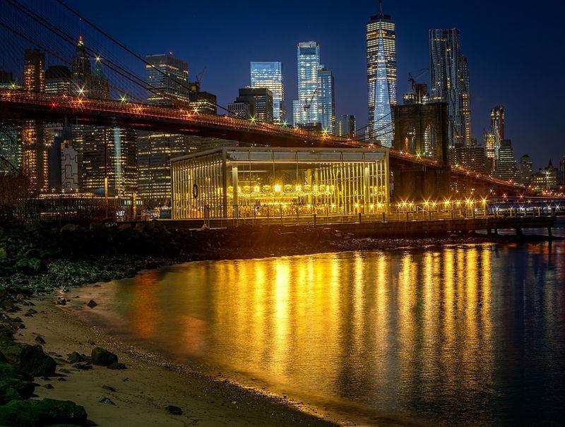 Fromm Brooklyn Into Manhattan