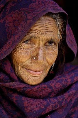 Kashmir_Elegance by Carl_Abrams (essorcalcc)