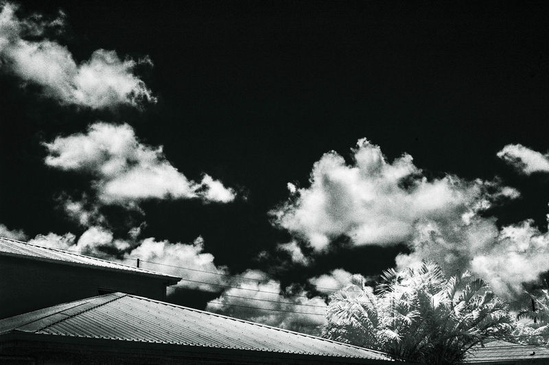 BLACK_SKY_DRAMATIC_CLOUDS