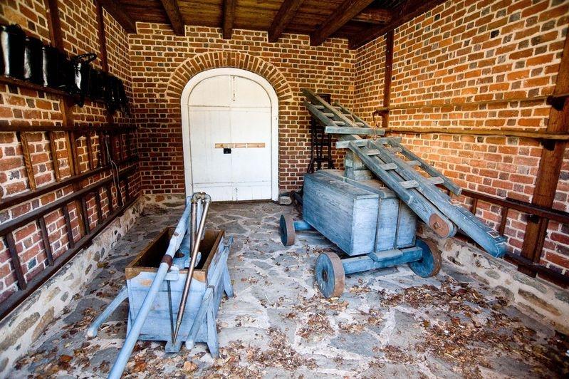 MARKET_FIRE_ENGINE_HOUSE_1784