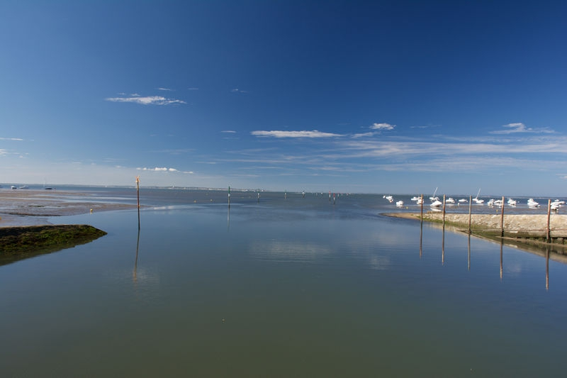 Reflections on the bay of Arcachon