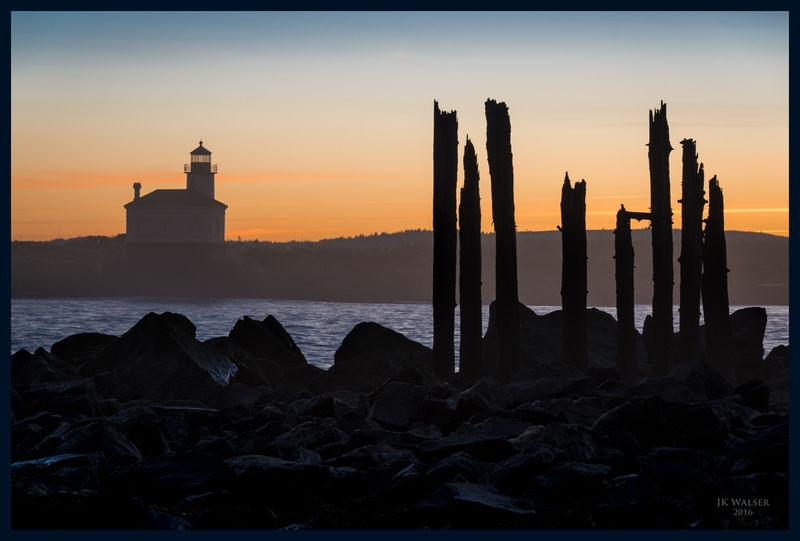 Coquille Lighthouse at Dawn