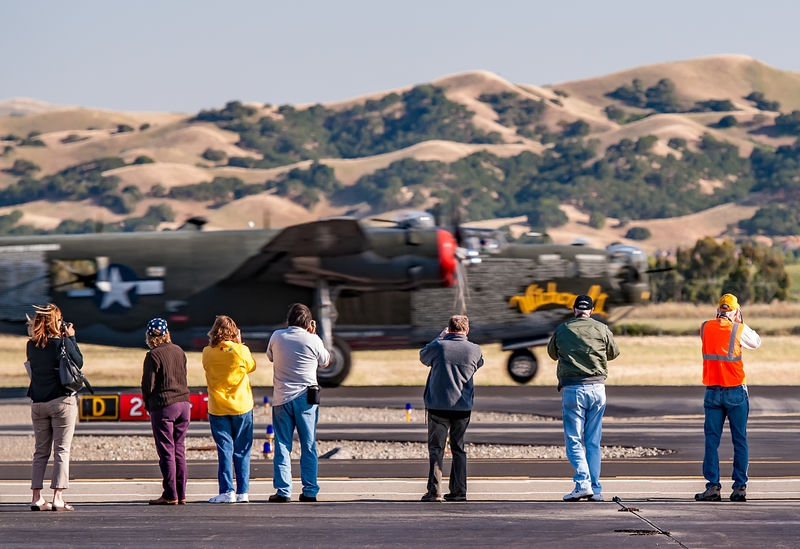 Livermore Fly-In, B-24 Take Off