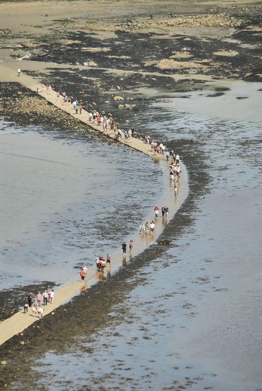 Cornwall st Michaels Mount - Incomming Tide