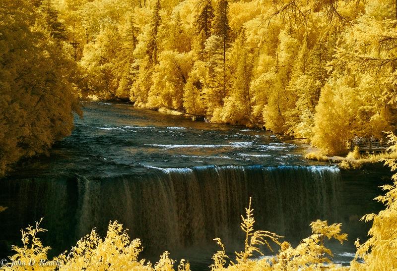 Tehquamenon Falls