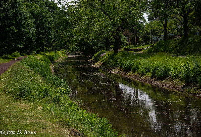 Beautiful_Day_along_the_Canal