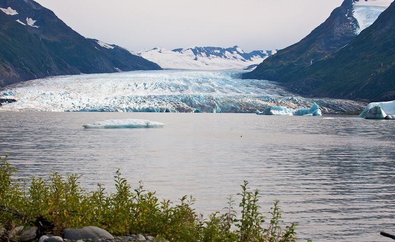 Spencer Glacier lake