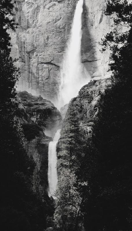 Yosemite Fall B&W