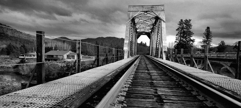 Rail Bridge  , Larry E30
