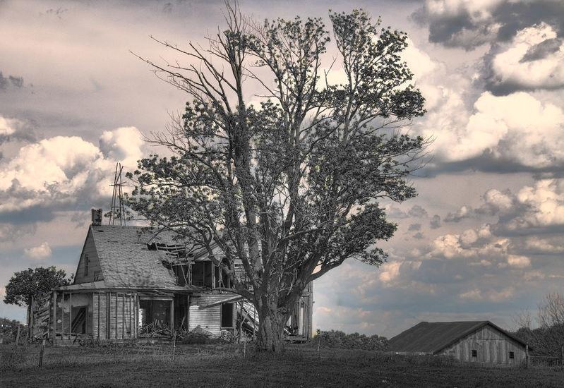 Behind the Image - Indiana Farmhouse
