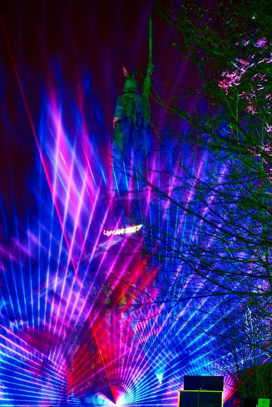 Lasershow - Hermann leuchtet